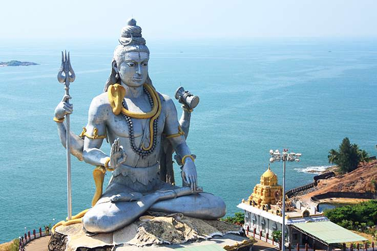 lord-shiva-statue-in-murudeshwar-karnataka-india