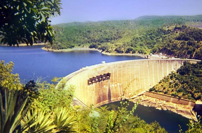 Kariba lake and dam